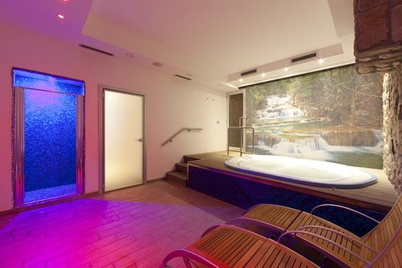 Hotel-terme-Letizia-ischia-porto-piscina-idromassaggio-2