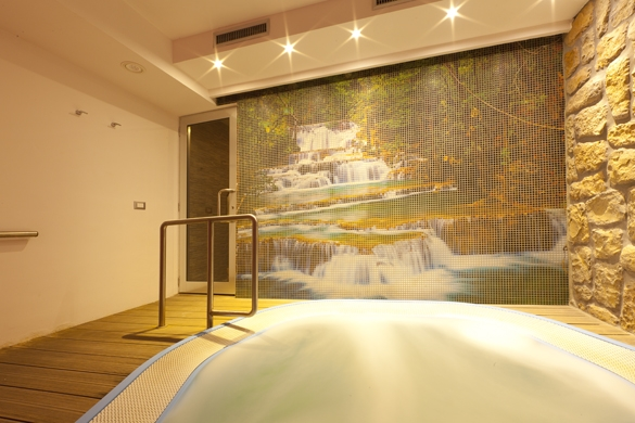 Hotel-terme-Letizia-ischia-porto-piscina-idromassaggio