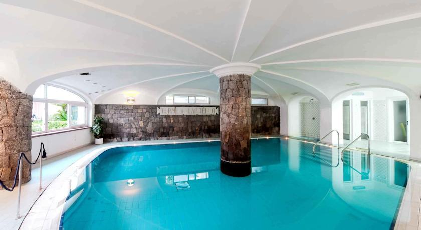 hotelvillasvizzeraischia12