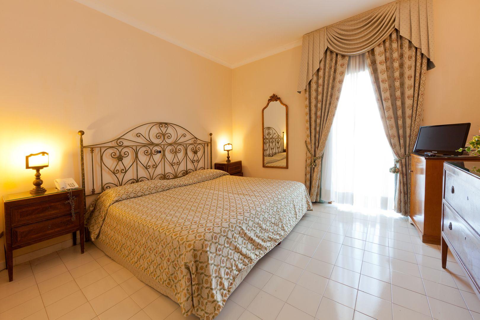 Hotel-Ischia-Grand-Hotel-Terme-di-Augusto-doppia-comfort-1