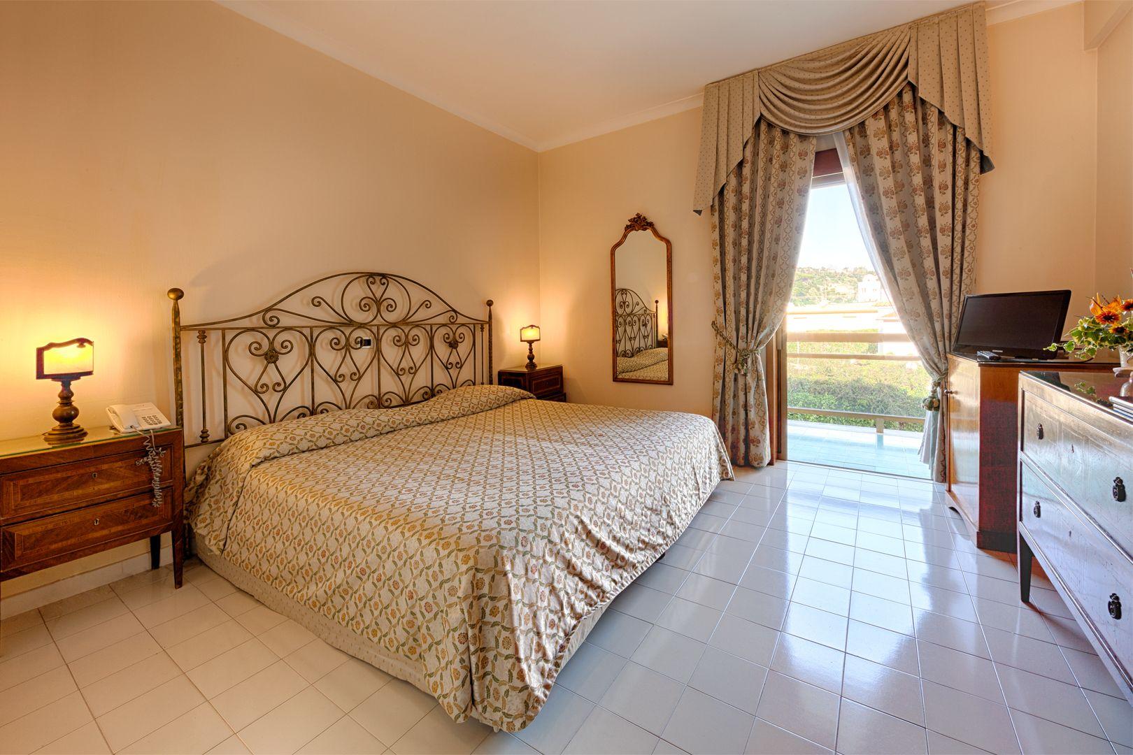 Hotel-Ischia-Grand-Hotel-Terme-di-Augusto-doppia-superior
