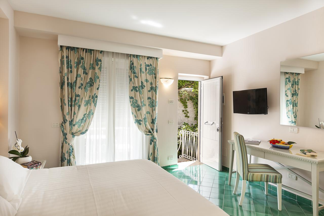 hotel-continental-terme-ischia-camera-4