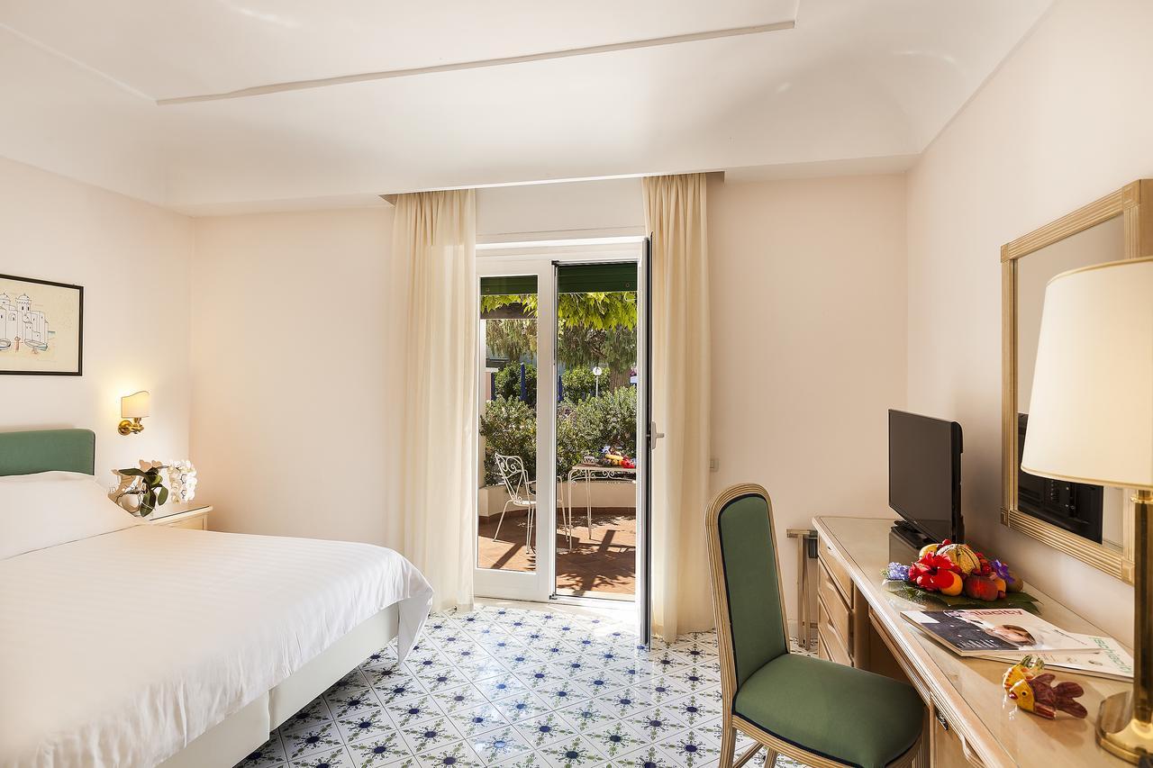 hotel-continental-terme-ischia-camera-6