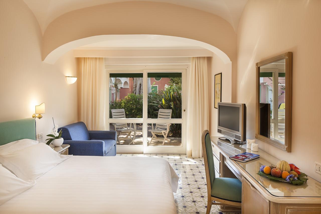 hotel-continental-terme-ischia-camera-7