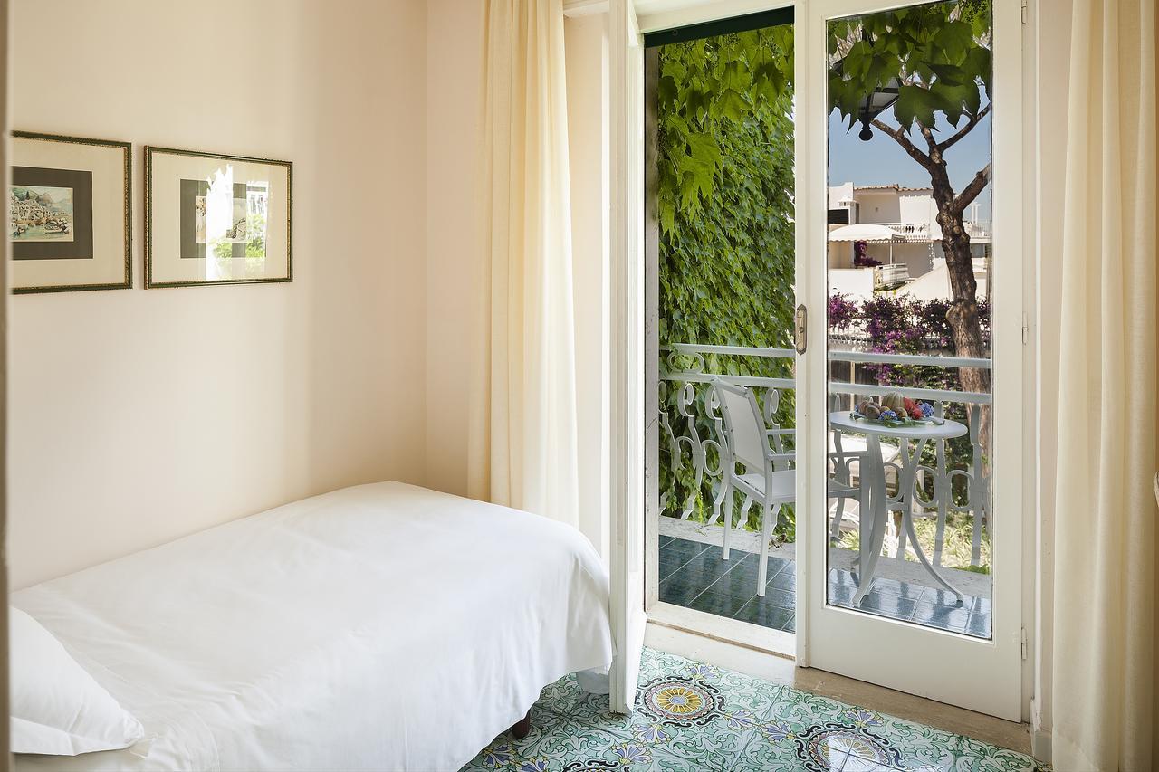 hotel-continental-terme-ischia-camera-singola
