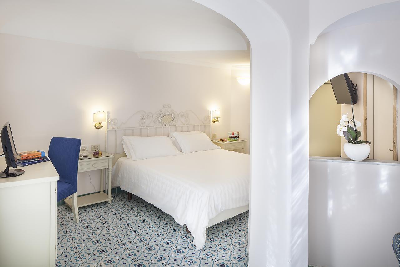 hotel-continental-terme-ischia-camera