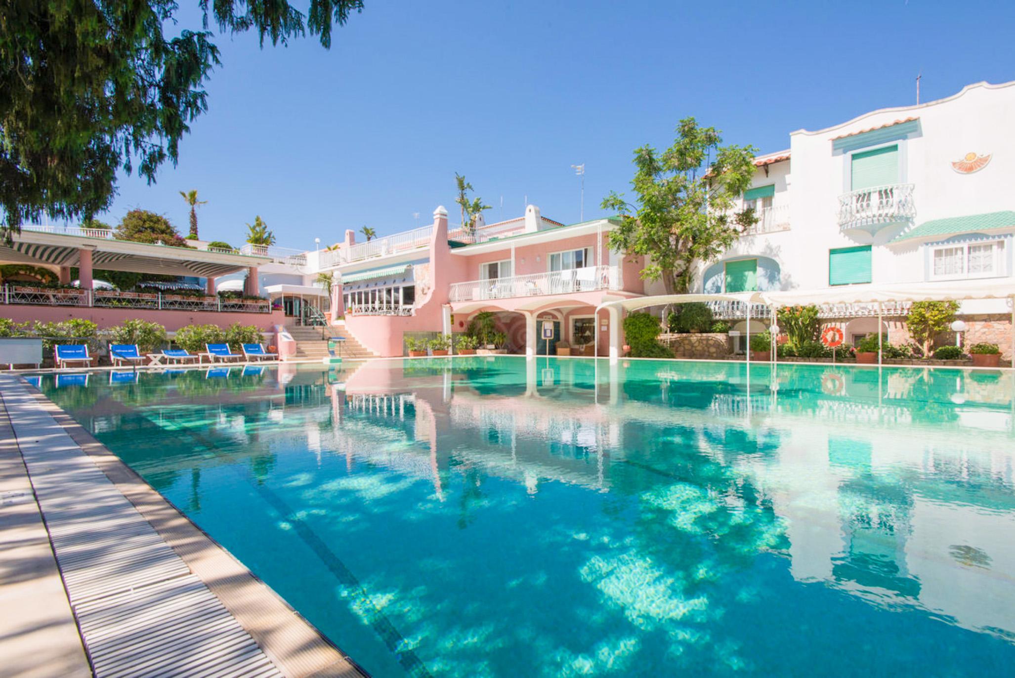 hotel-continental-terme-ischia-piscina-esterna2