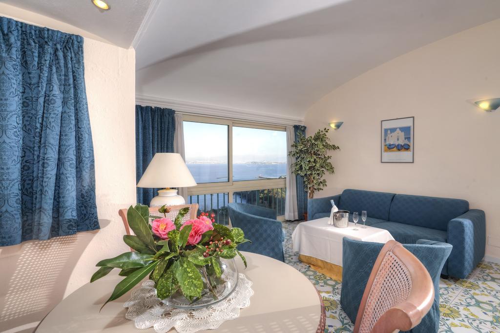 hotel-le-querce-terme-ischia-camera-2