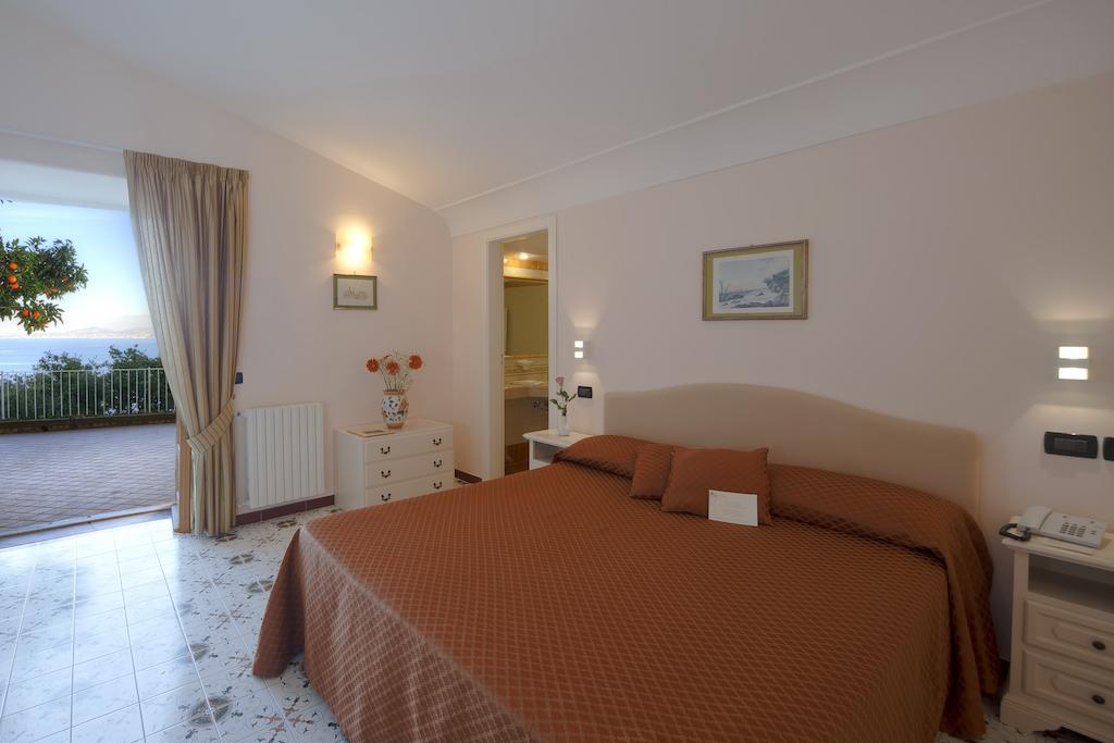 hotel-le-querce-terme-ischia-camera-7