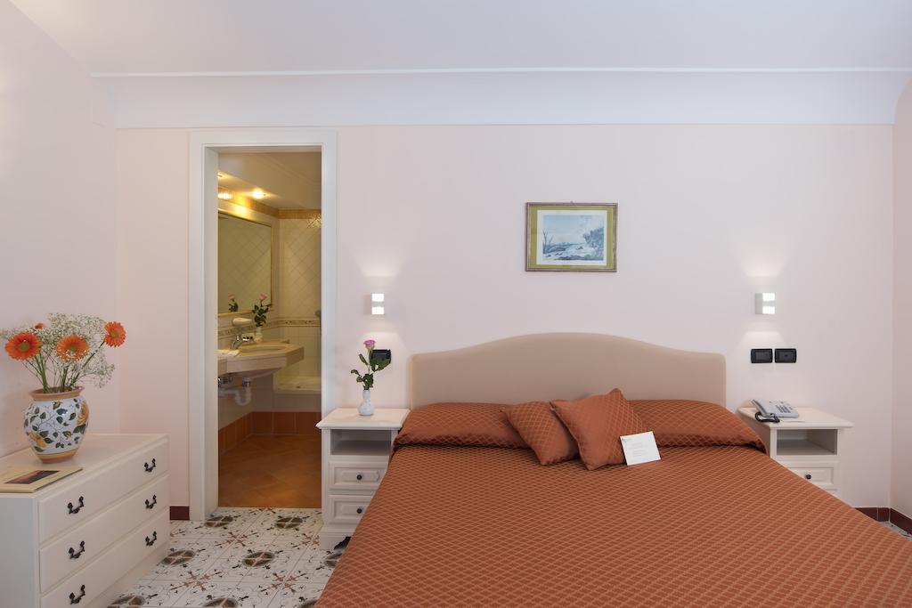 hotel-le-querce-terme-ischia-camera-8