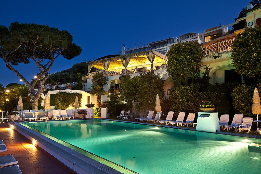 hotel-le-querce-terme-ischia-piscina-3