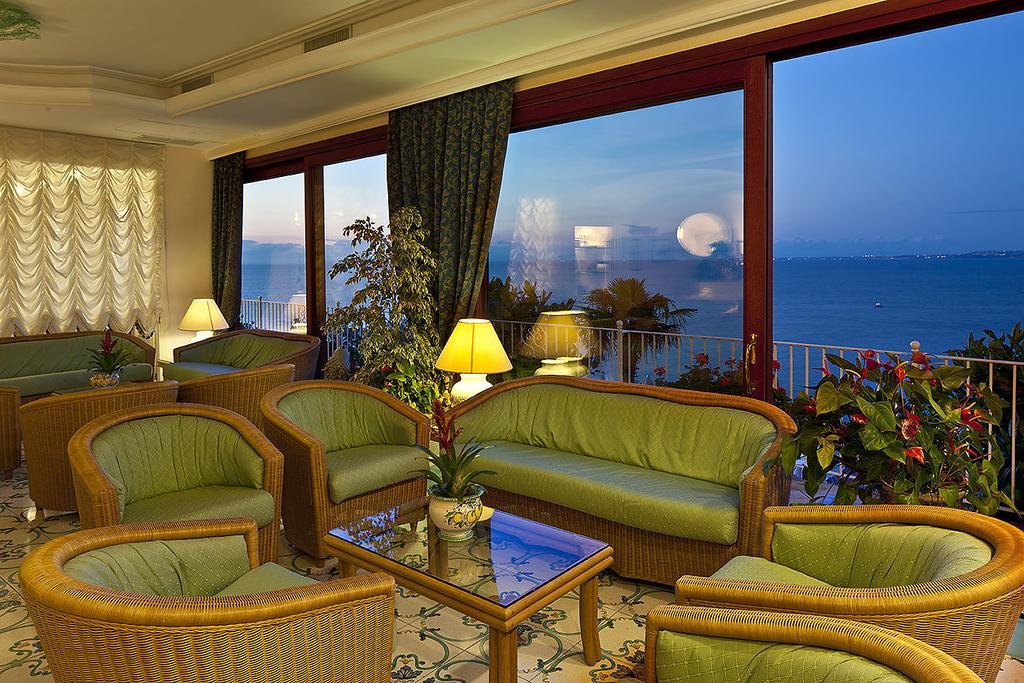hotel-le-querce-terme-ischia-piscina-interna-2