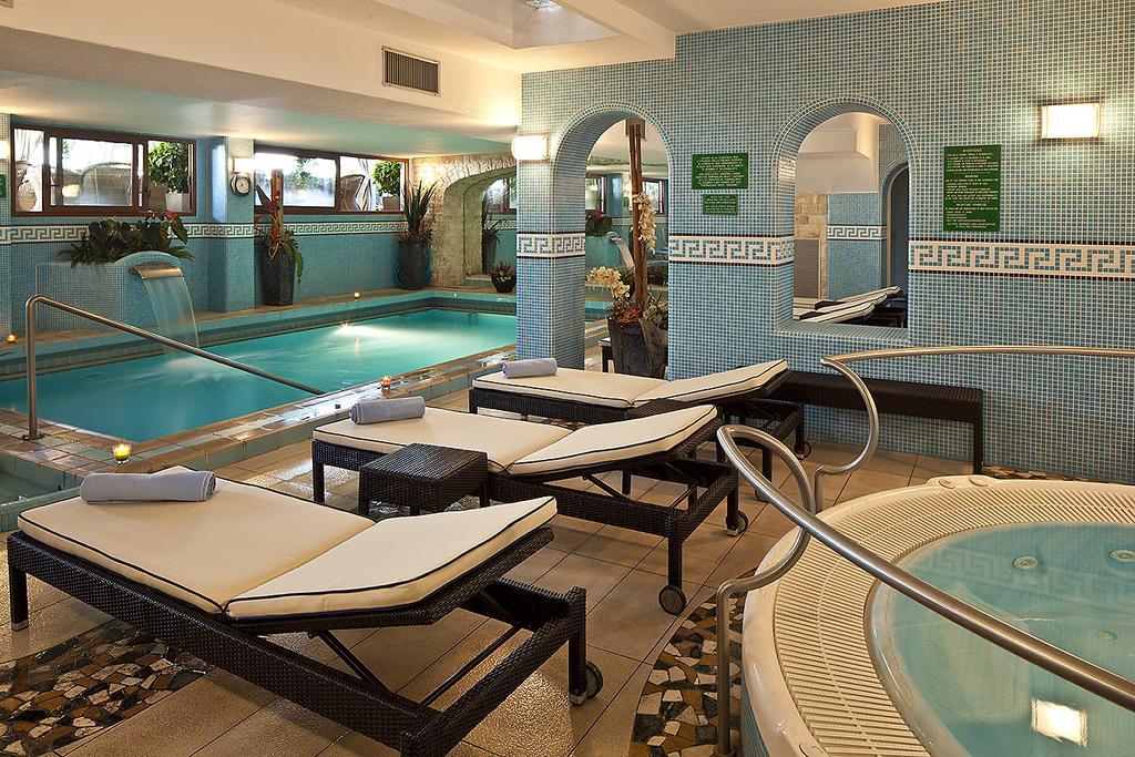 hotel-le-querce-terme-ischia-piscina-interna