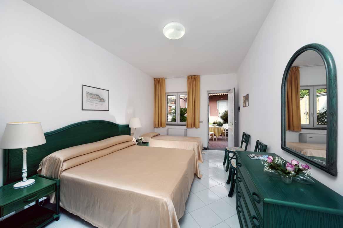 hotel-terme-villa-svizzera-lacco-ameno-ischia-camera-standard
