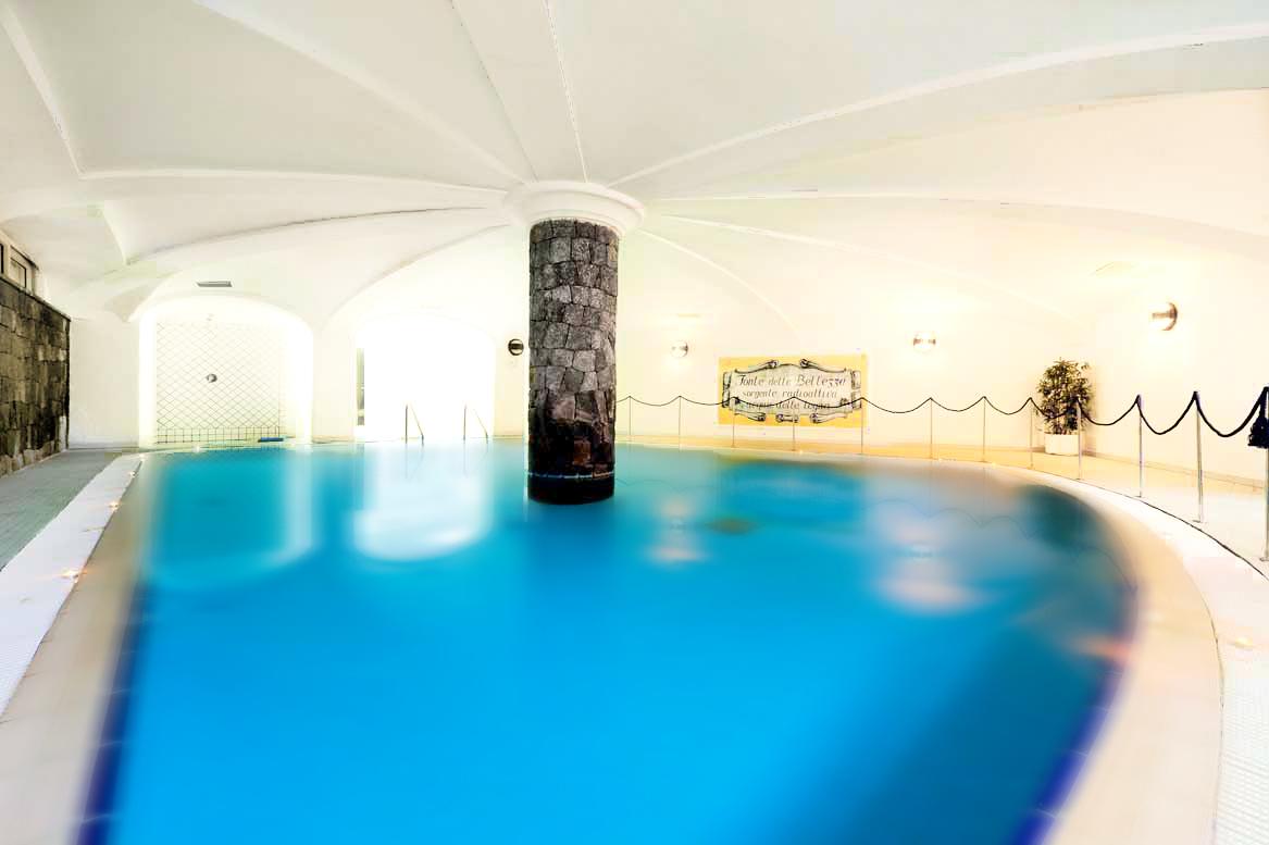 hotel-terme-villa-svizzera-lacco-ameno-ischia-piscina-coperta_m