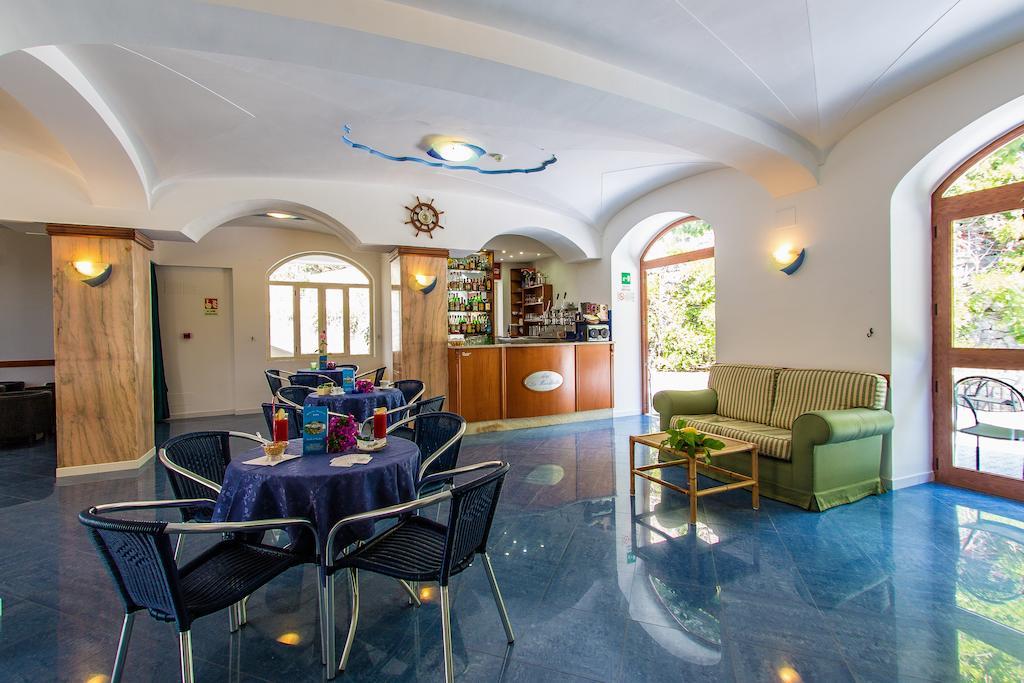 hotel-la-madorla-ischia-maronti-aperitivo