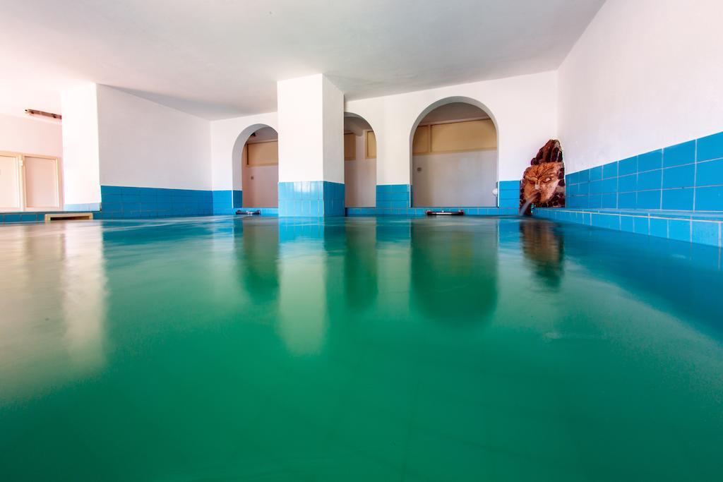 hotel-la-madorla-ischia-maronti-piscina