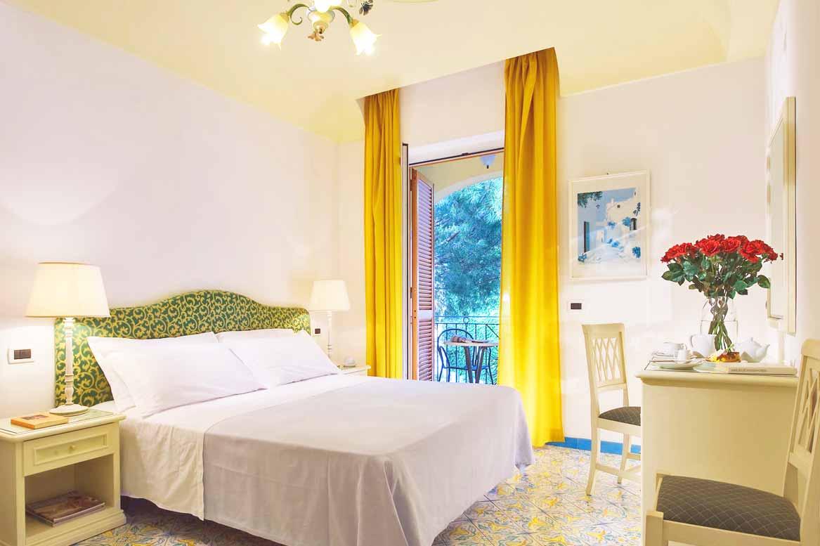 Hotel-san-lorenzo-lacco-ameno-ischia-terme-camera