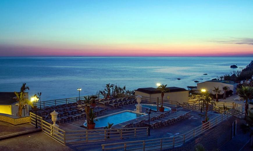 hotel-baia-delle-sirene-forio-esterni