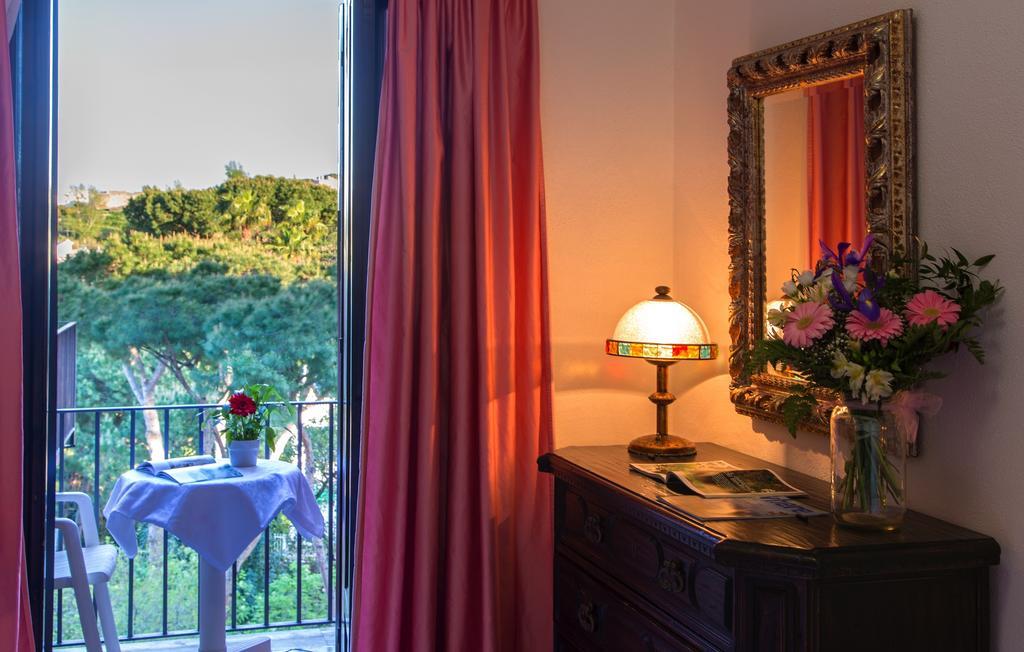 hotel-san-valentino-terme-ischia-camera-1