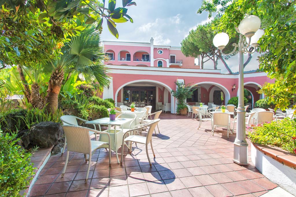 hotel-san-valentino-terme-ischia-esterni-1