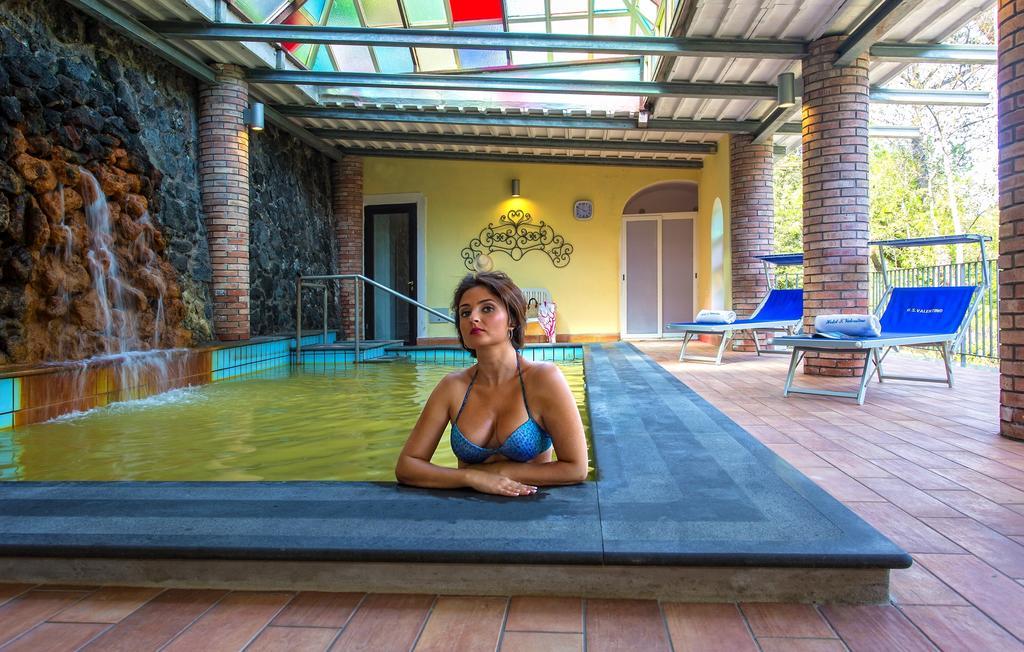 hotel-san-valentino-terme-ischia-piscina-interna-2