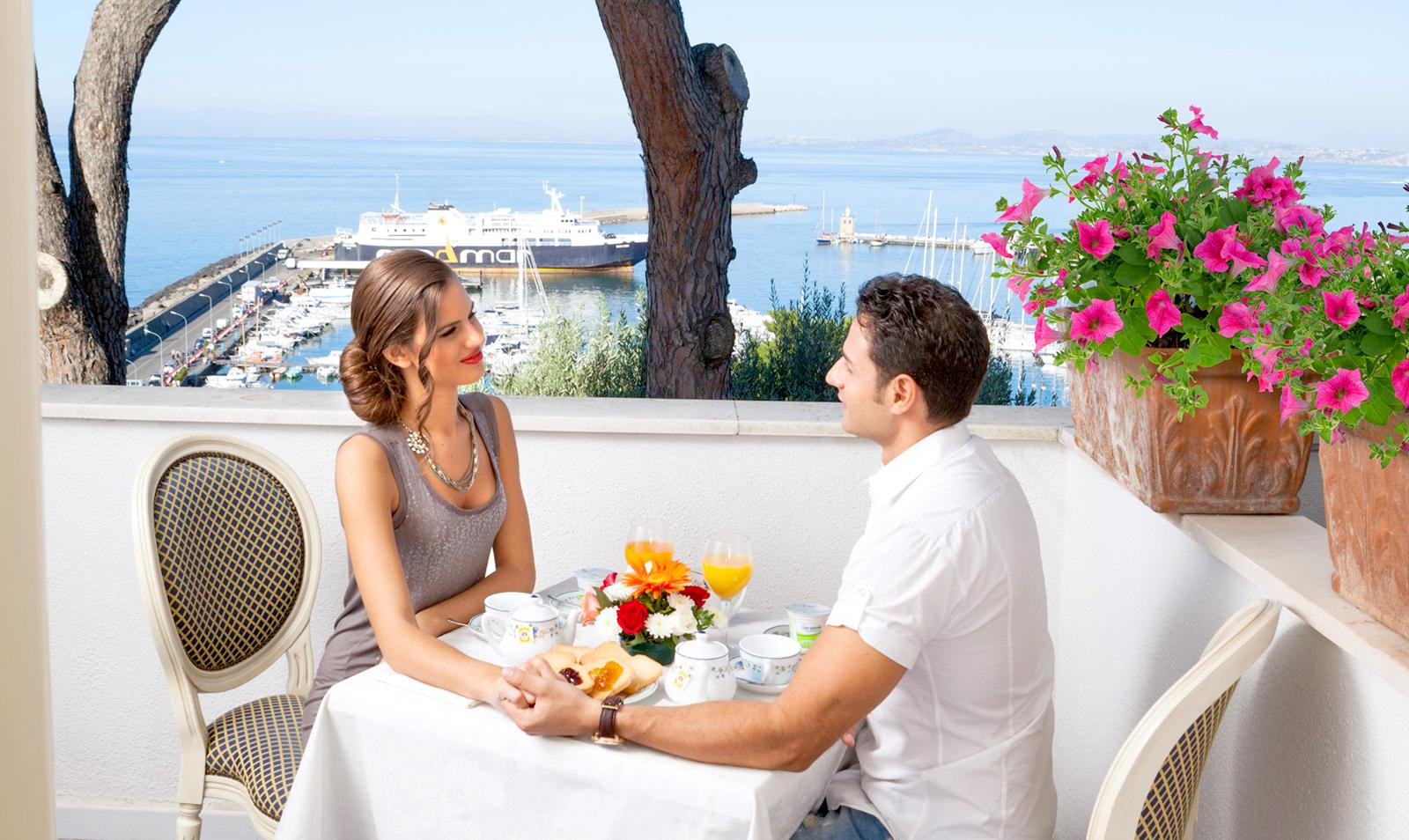 hotel-terme-gran-paradiso-ischia-casamicciola-camera-balcone-vista-mare
