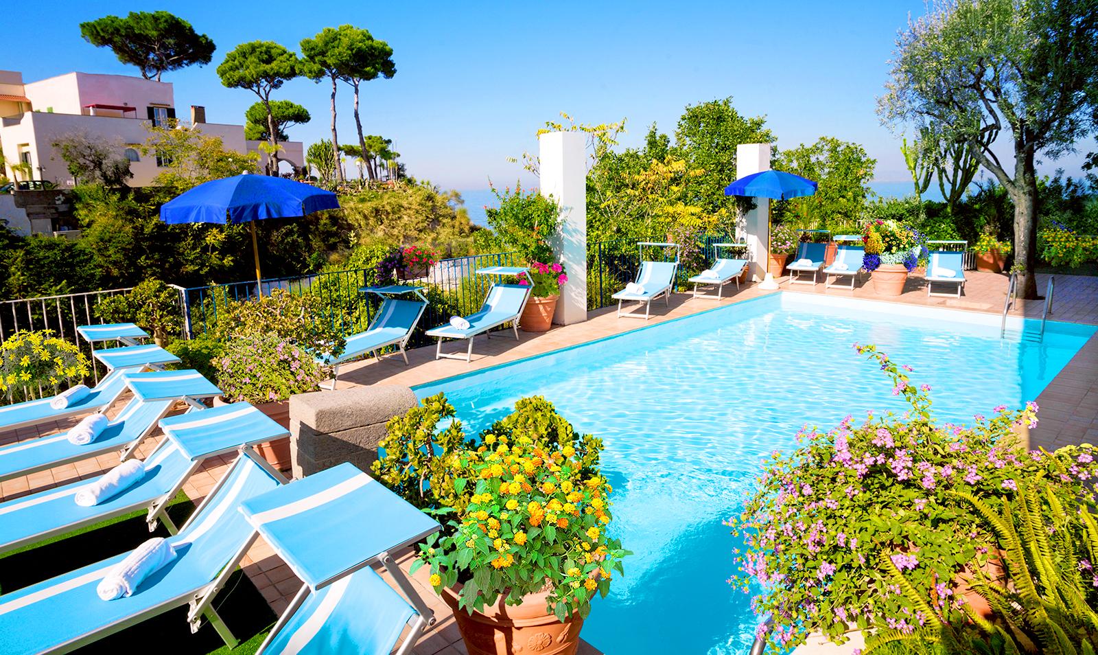 hotel-terme-gran-paradiso-ischia-casamicciola-piscina-esterna