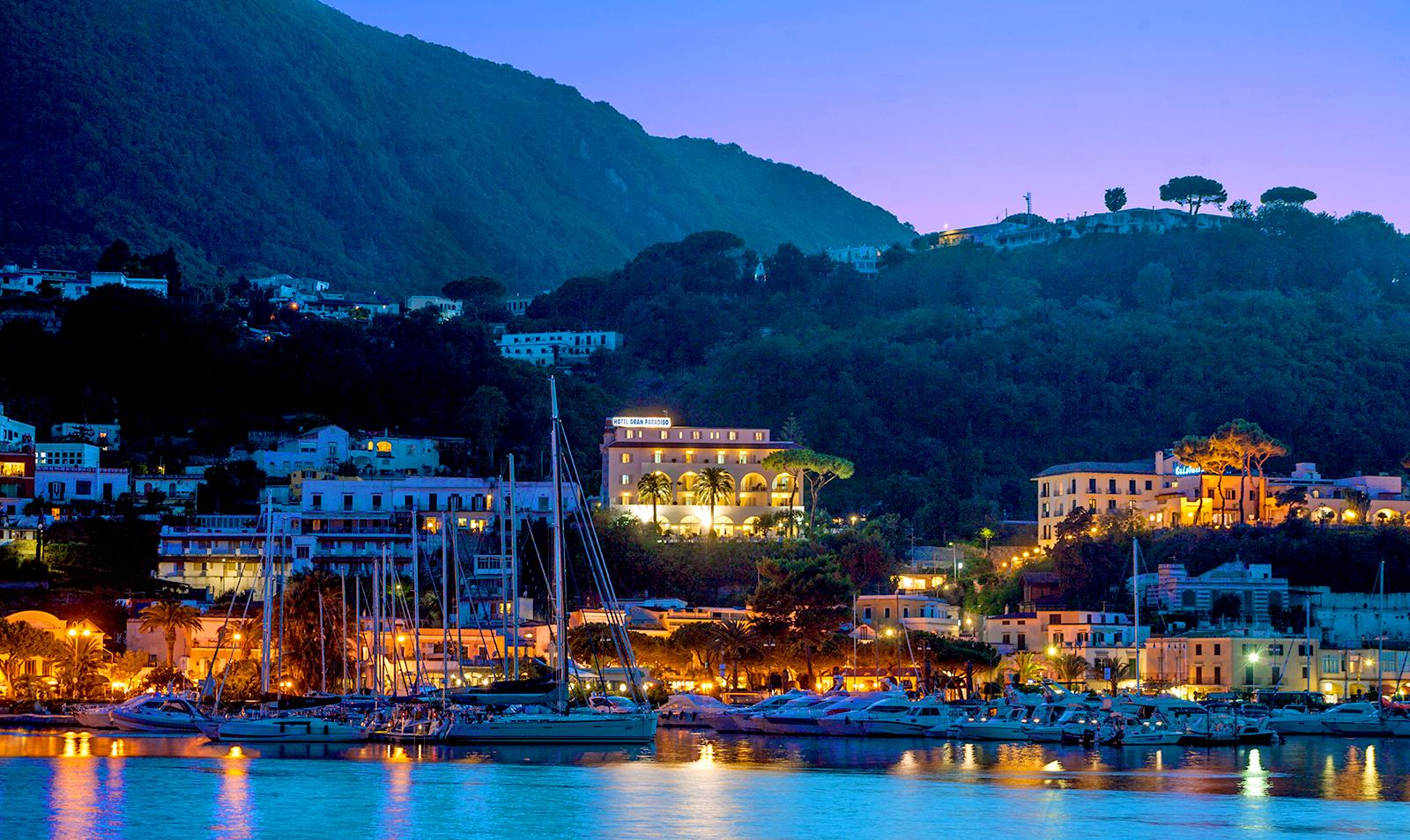 hotel-terme-gran-paradiso-ischia-casamicciola-sera