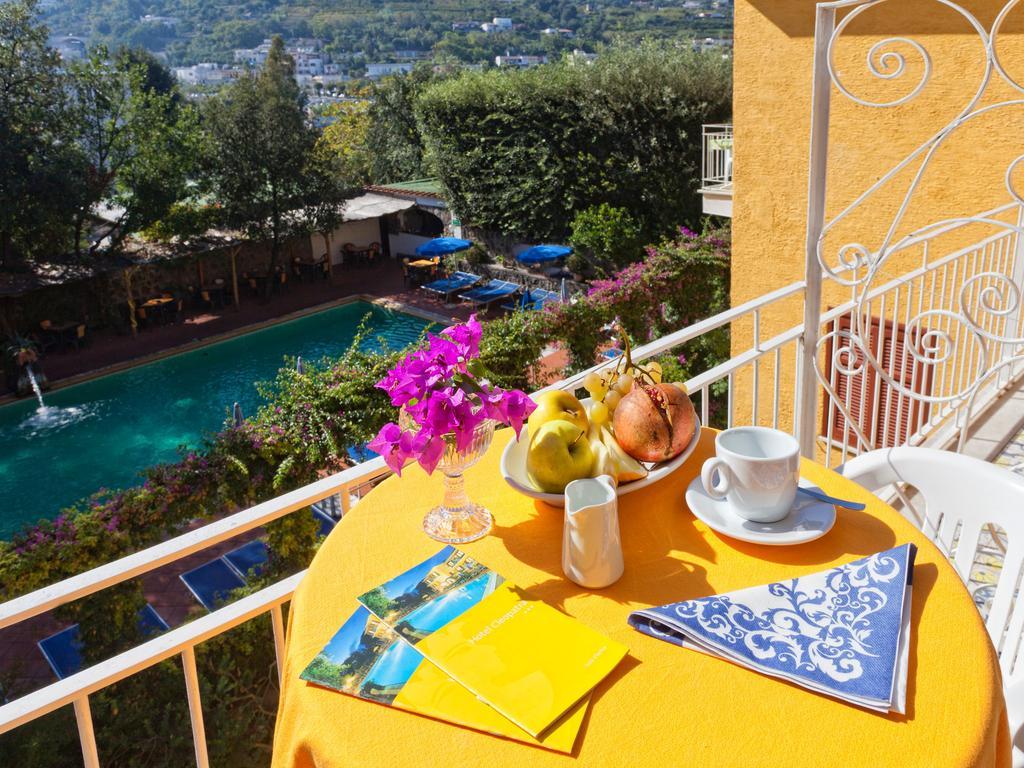 hotel-cleoptra-ischia-balcone