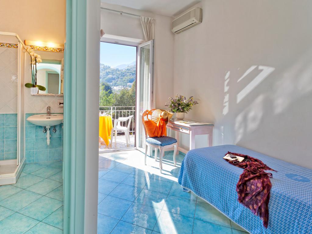 hotel-cleoptra-ischia-camera-bagno