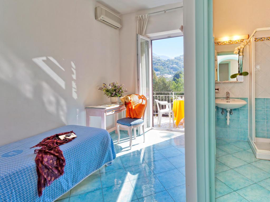 hotel-cleoptra-ischia-camera-singola
