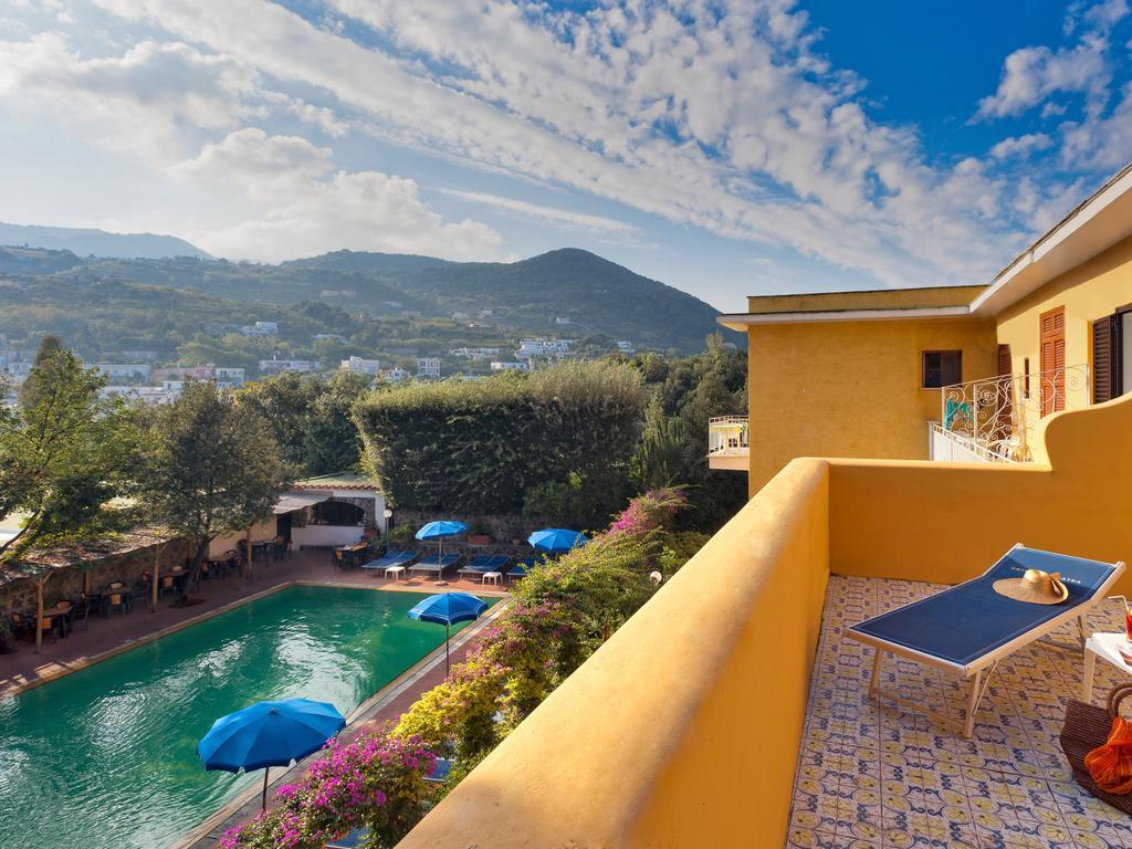 hotel-cleoptra-ischia-terrazzo-panorama