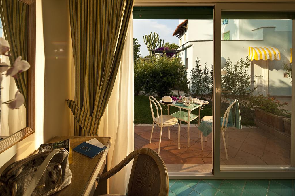 hotel-continental-mare-ischia-camera3