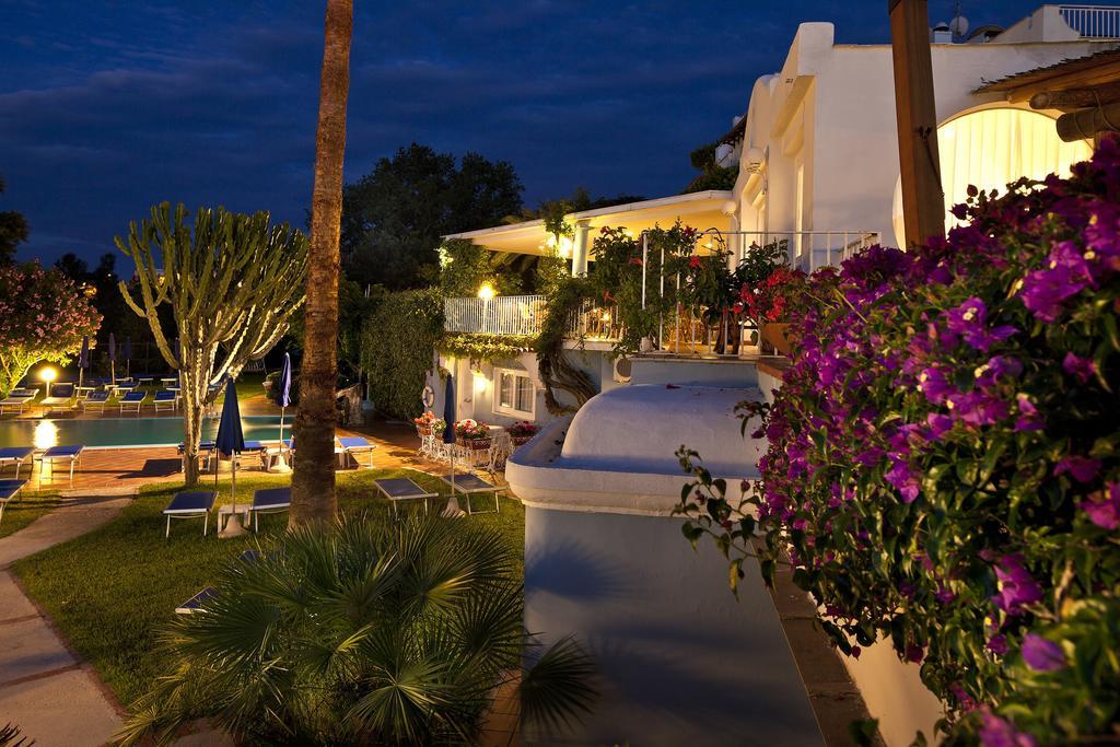 hotel-continental-mare-ischia-esterno3