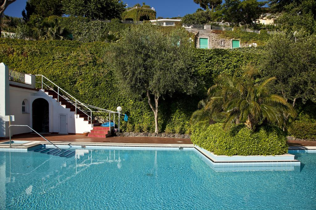 hotel-continental-mare-ischia-piscina3
