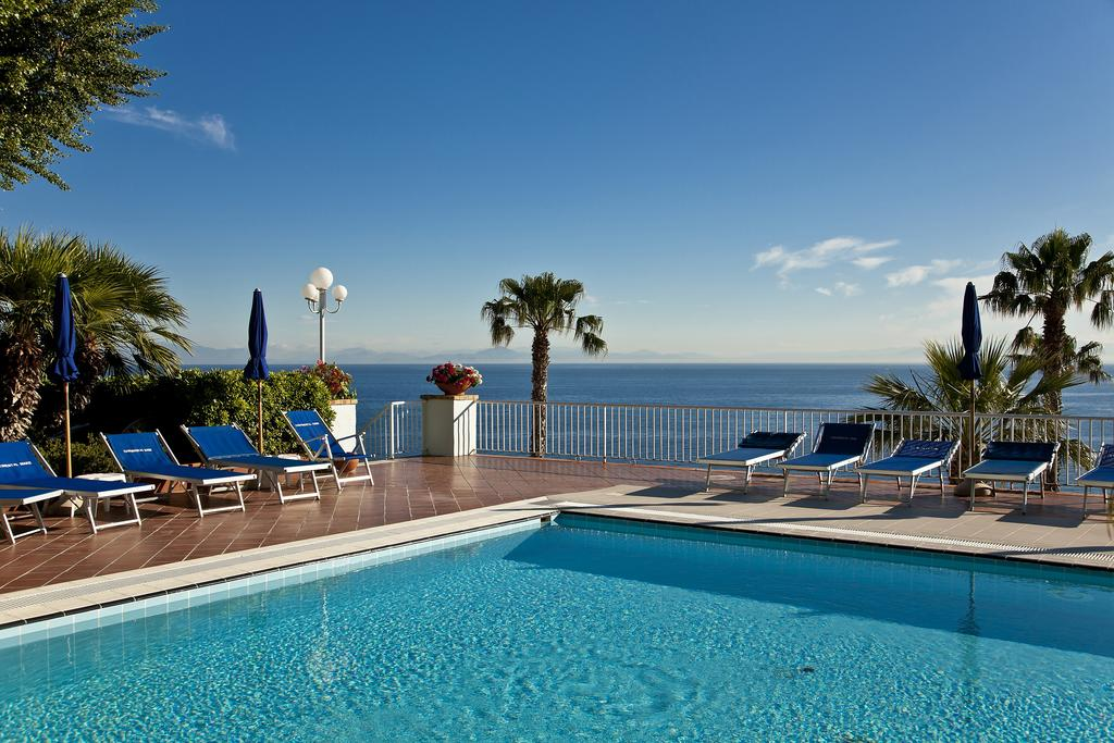 hotel-continental-mare-ischia-piscina4