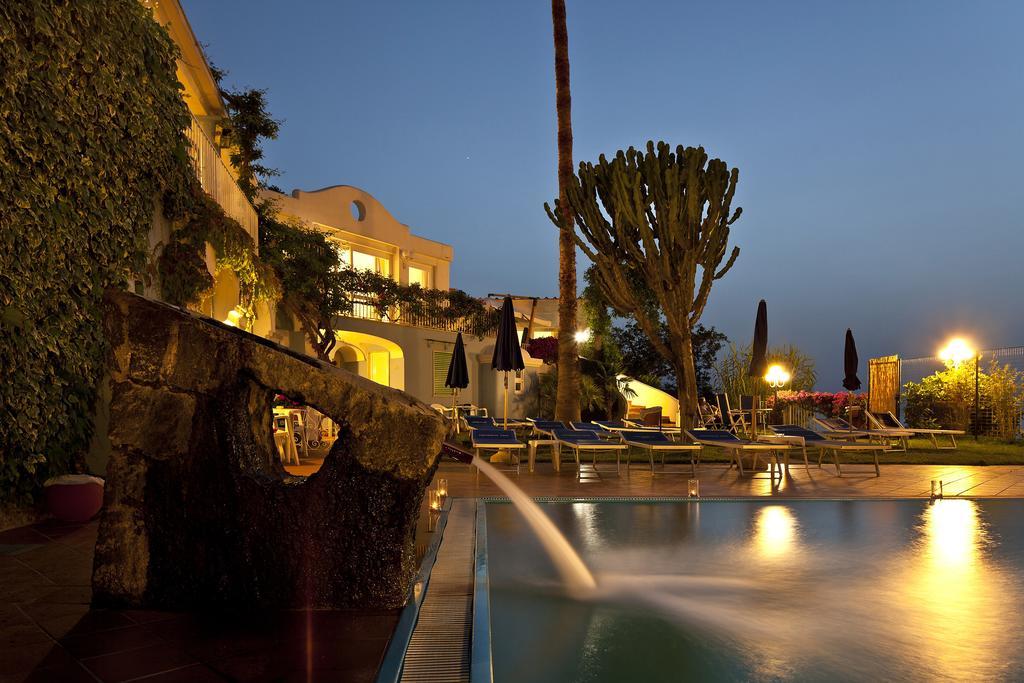 hotel-continental-mare-ischia-piscina6