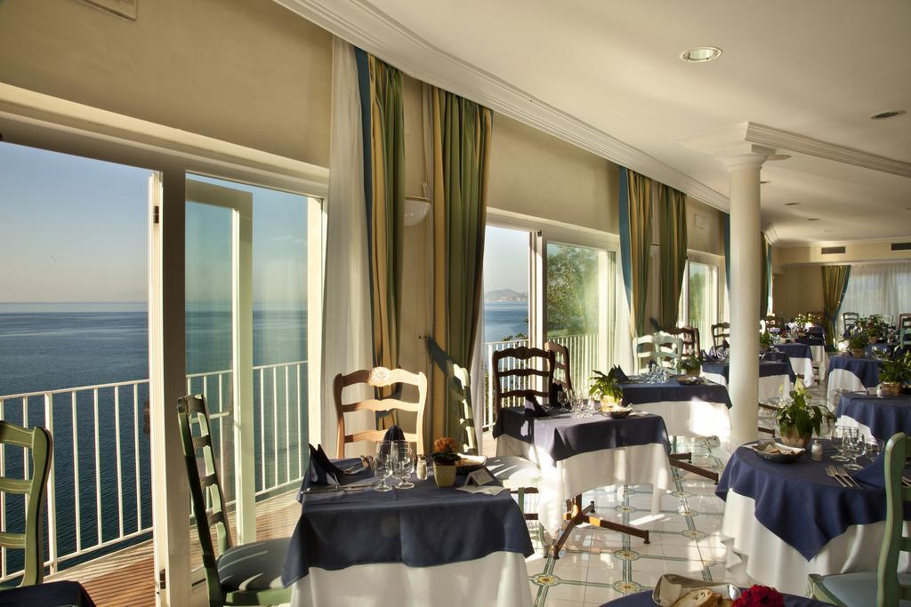 hotel-continental-mare-ischia-sala