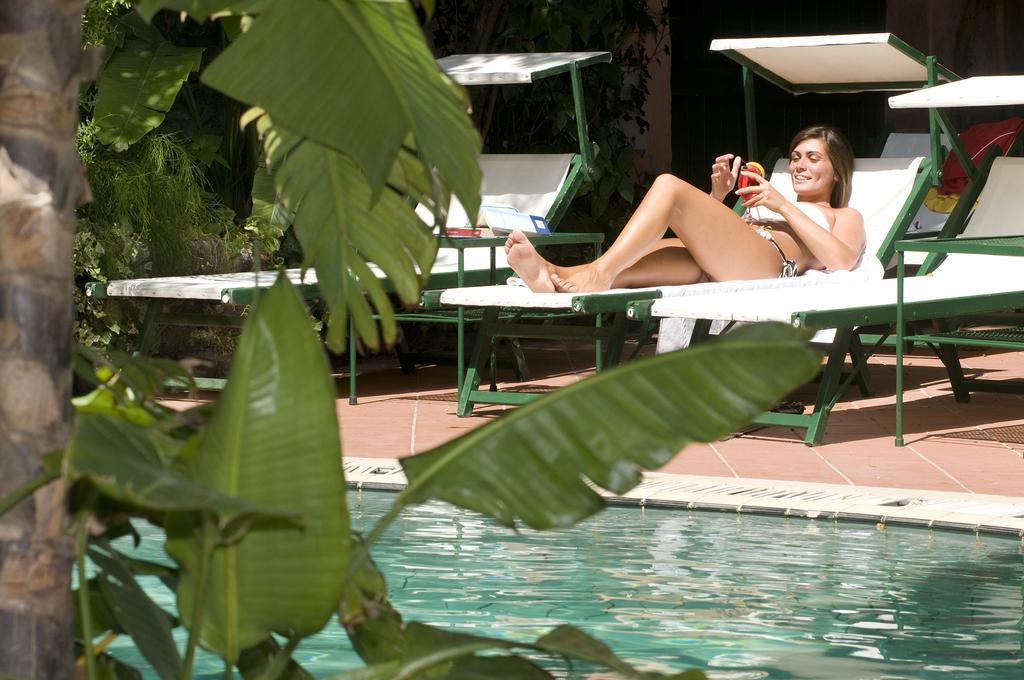 hotel-la-villarosa-ischia-esterno-5