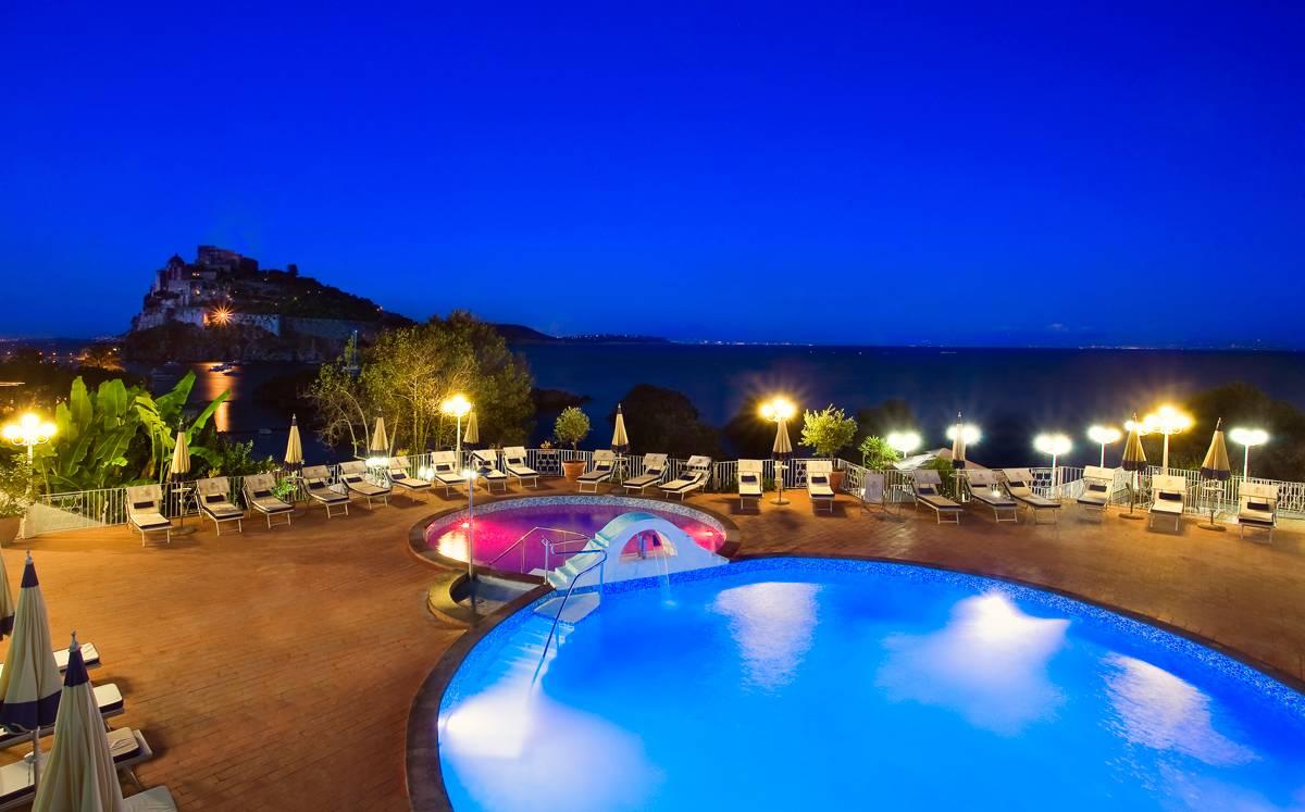 hotel-delfini-19