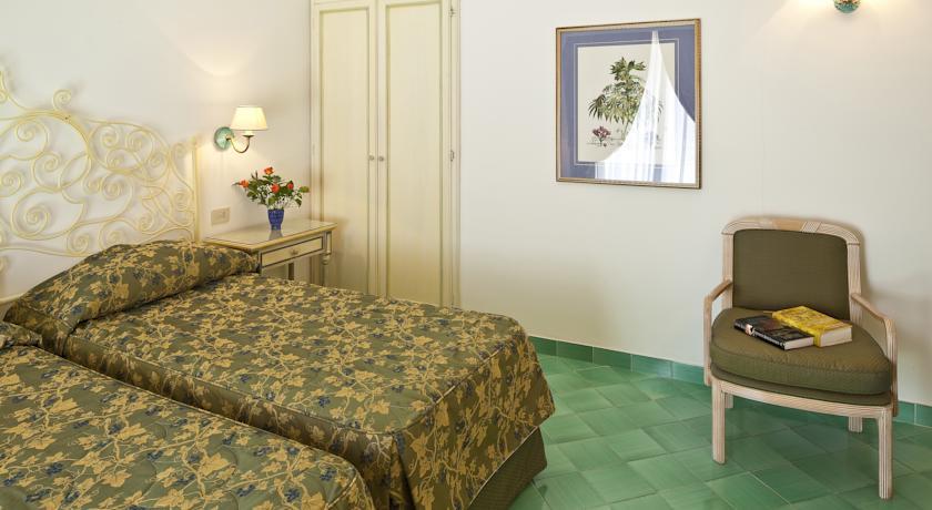hotelspailmorescoischia10